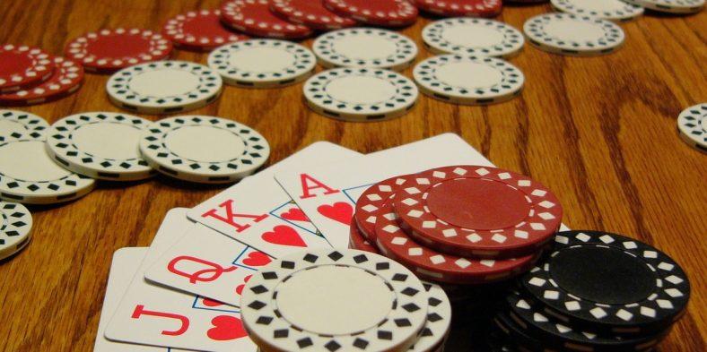 Conseils de base pour jouer au poker